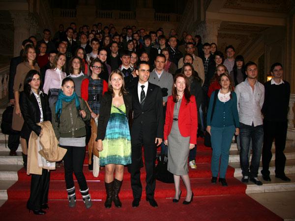 """Studenţi de ,,Succes în România"""""""