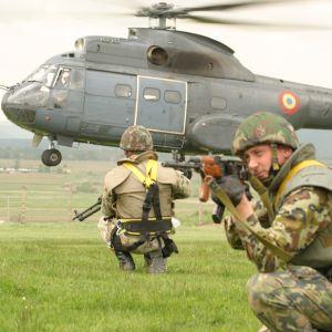 România va ajuta Republica Moldova în domeniul reformei militare