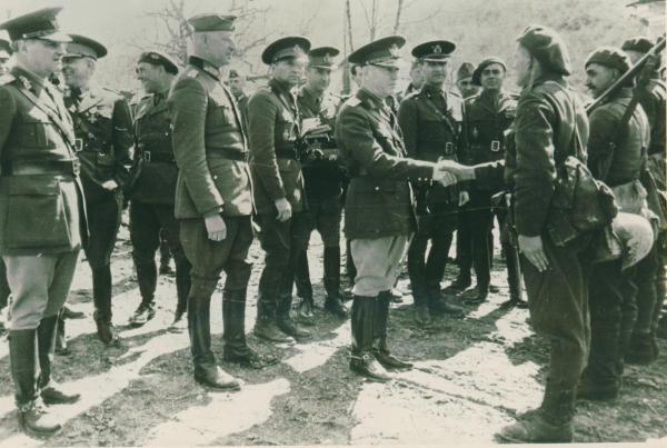 Trebuie făcută distincţia între agresiunile Germaniei naziste şi obiectivele României din 1941