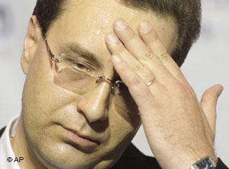 """Lui Marian Lupu îi este frică să """"nu devieze"""" Republica Moldova spre NATO"""