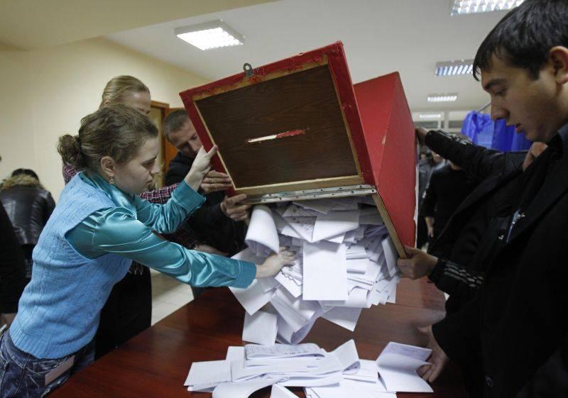 Duelul a trei instanţe privind renumărarea voturilor pentru CMC