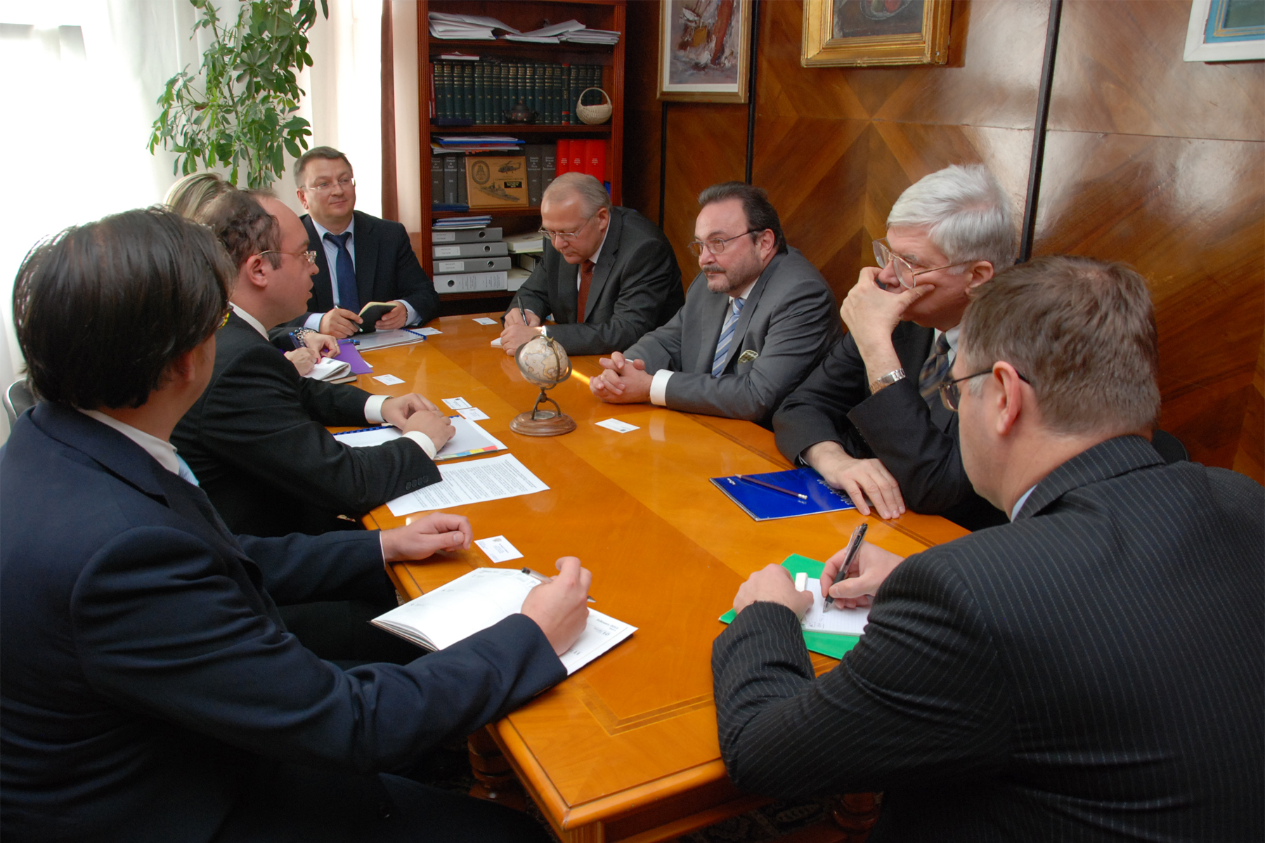 Reglementarea conflictului transnistrean discutată la Bucureşti