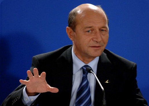 Românii din Serbia vor fi vizitaţi de preşedintele Băsescu