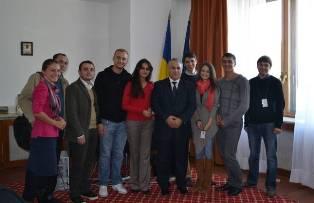 Reprezentanţii elevilor şi studenţilor basarabeni în dialog cu senatorul Badea