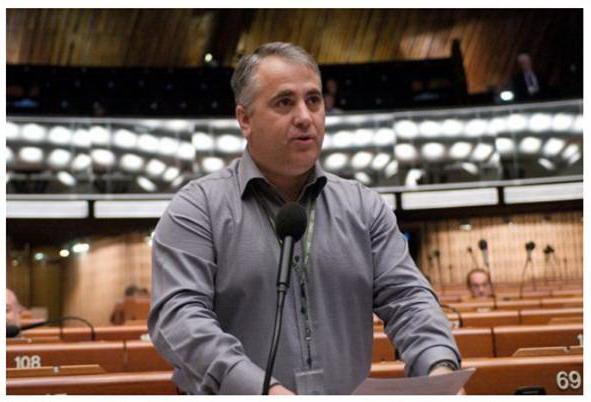 Viorel Badea: Ne vom opune aderării Serbiei la UE dacă nu respectă drepturile comunităţii româneşti