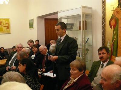 Comunităţile româneşti din Ucraina au fost divizate prin instrumente politice