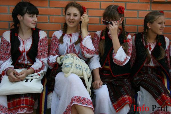 Genocidul cultural de la Babele cu complici de la Chişinău