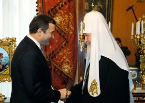 Premierul Filat l-a felicitat pe Patriarhul Kiril