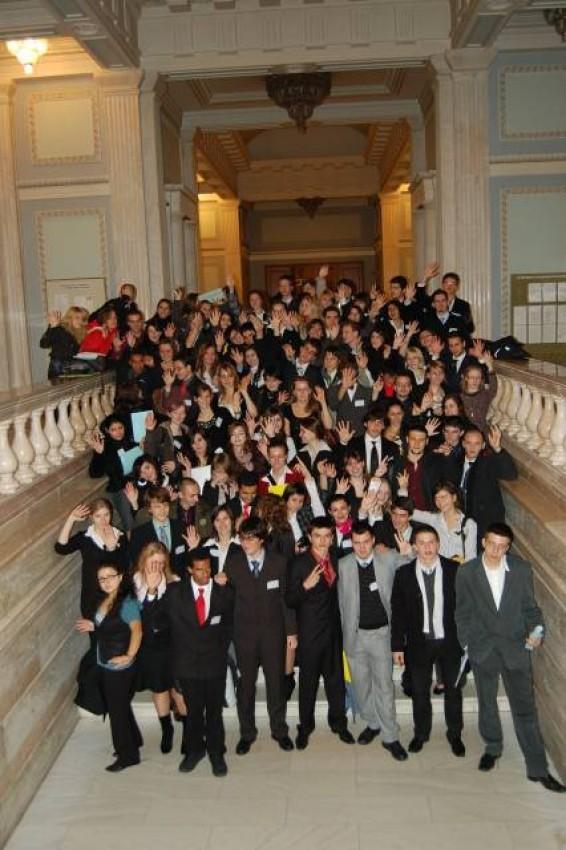 Tinerii din Republica Moldova, mai aproape de Uniunea Europeană