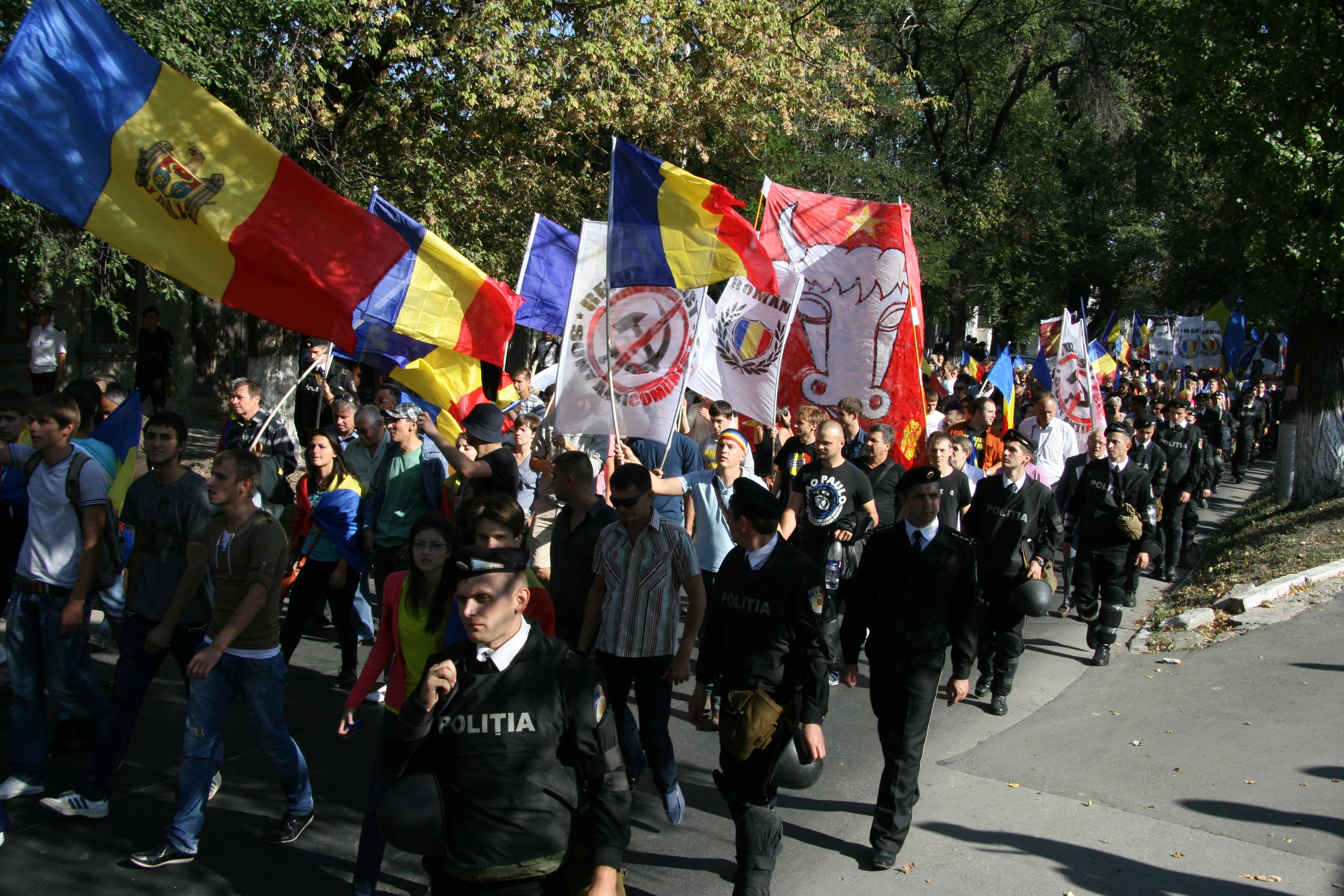 Chișinău: 10.000 de basarabeni au cerut în stradă Unirea