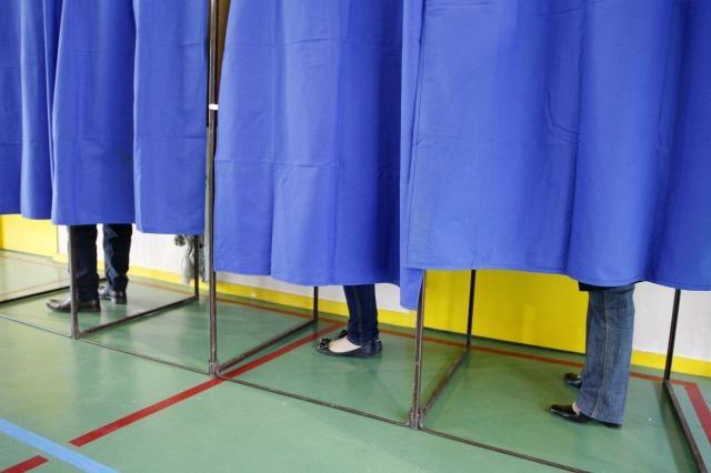 Noi cu cine votăm?