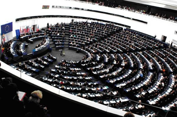 S-a amânat sau nu asistența financiară europeană pentru Rep. Moldova? Ce spun europarlamentarii