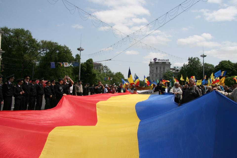 De două ori român