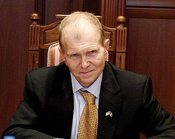 Ambasadorul SUA la Chişinău: Federalizarea ar putea fi o soluţie