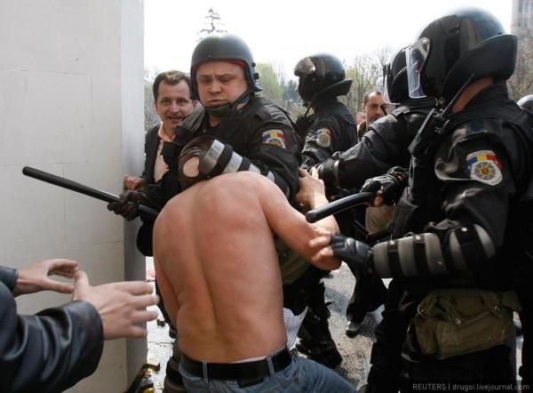 Voronin, amnezic: Nu au fost maltratări în comisariate