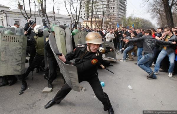 Personaj-cheie al protestelor din 2009, numit la șefia SIS