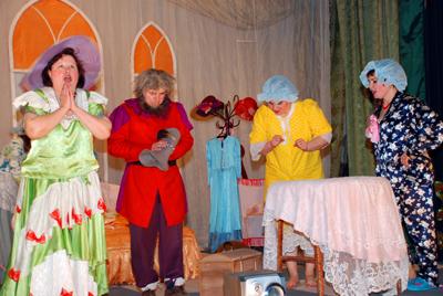 Actori de pe ambele maluri ale Prutului în concurs la Drochia