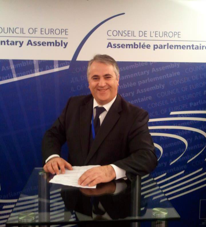 Viorel Badea: Vom modifica Legea cetăţeniei în folosul tuturor etnicilor români din afara ţării (II)