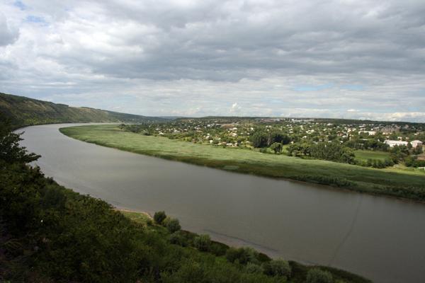 """Ucraina va construi cele şase hidrocentrale de pe Nistru, chiar dacă previziunile ecologice anunţă o """"alarmă roşie"""""""