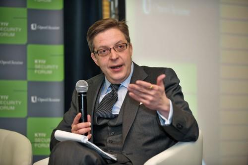 """Ambasadorul UE la Chişinău: """"Sturza este o persoană capabilă, dar nu trebuie să ne concentrăm pe personalităţi"""""""