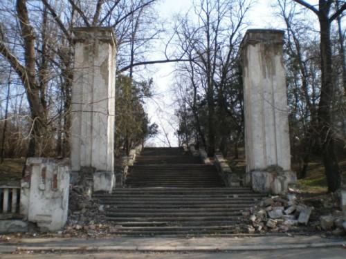Autoritățile de la Chișinău vor să rezolve problema Cimitirului Eroilor