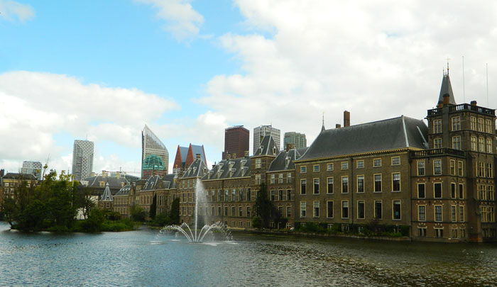 Republica Moldova are de astăzi ambasadă în Olanda