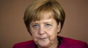 Angela Merkel: Instituțiile europene trebuie să urmărească cu atenție situația din Rep. Moldova