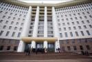 În Parlamentul de la Chișinău se poartă excesul de achiziții. Ce sumă a înghițit ultimul val de contracte