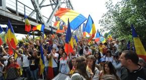 28 de ani de la primul Pod de Flori peste Prut