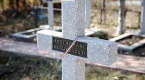 Slujbă de pomenire și depunere de flori la mormântul ostașilor români din Feștelița