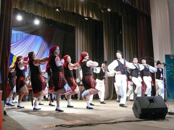spectacol-extraordinar-ismail-ziua-nationala-a-romaniei
