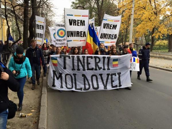tinerii-moldovei-mars-pentru-guvern-comun