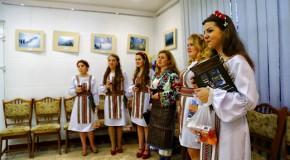 Decizie în Parlamentul României: 1000 de burse pentru elevii români din Ucraina și 300 de stagii de specializare pentru profesori