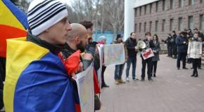 Socialiștii, față în față cu tinerii unioniști, după distrugerea hărții României Mari