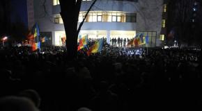 Ambasada SUA îndeamnă la calm protestatarii din Chişinău