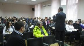 Expert de la București, prelegere la Chișinău despre modelul românesc în educație