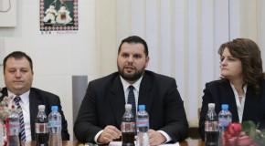 Dan Stoenescu: Nu numai statul român trebuie să sprijine comunităţile româneşti din Ucraina, ci şi statul ucrainean