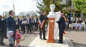 Bustul Reginei Maria, dezvelit la Soroca
