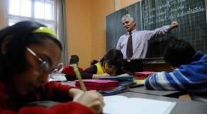 Zeci de profesori din Găgăuzia, instruiţi să predea limba română