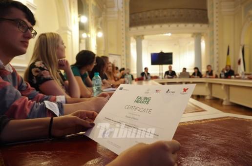 Studenţi la medicină din Republica Moldova şi România, pregătiţi de cei mai buni chirurgi din Europa şi SUA