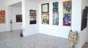 Lucrări ale artiştilor plastici din România şi Rep. Moldova, reunite la Bacău