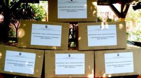 Înfrăţirea dulce mult aduce: Sute de cărţi de literatură română, donate de lugojeni Nisporeniului