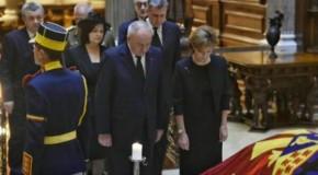 Preşedintele Republicii Moldova, un ultim omagiu la catafalcul Reginei Ana a României. Mesajul emoţionant al lui Timofti
