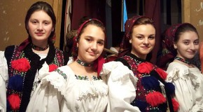 Un liceu românesc din Transcarpatia a primit numele lui Mihai Eminescu