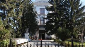 """Biblioteca Judeţeană """"V.A. Urechia"""" din Galaţi, donaţie substanţială de carte în Rep. Moldova"""