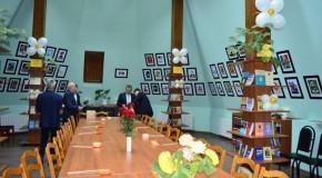 Biblioteca din Hîncești, reamenajată cu bani din partea Consiliului Județean Prahova