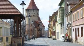 Vin și jazz la Sibiu. Crame din România și Rep. Moldova, la Vinfest
