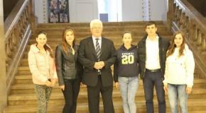 Roadele înfrăţirii: Tineri din Rep. Moldova, studii gratuite în România
