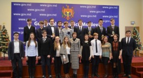 Vacanță în România pentru olimpicii Rep. Moldova și locuri în taberele de peste Prut pentru elevii din România