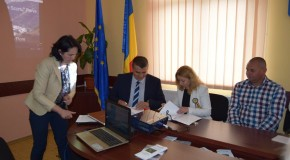 Frați și în acte: Comuna Parva din Bistrița-Năsăud și localitatea Telița din Anenii Noi au semnat acord de colaborare